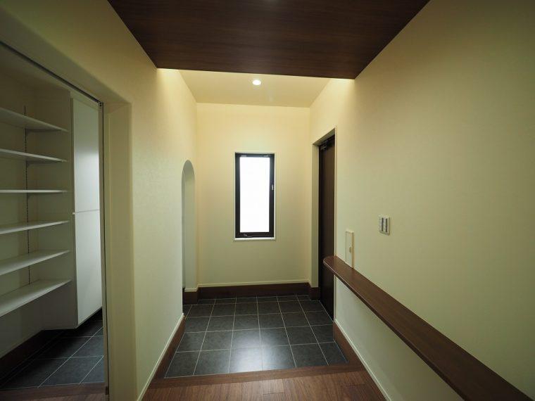 開放感を体感できる明るい住まい。/ 三条市 / H 様邸・新築