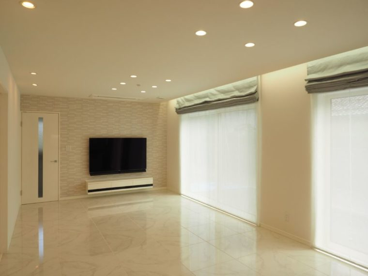 シンプルデザイン。~ 白 × 黒 ~/ 燕市 / S 様邸・新築