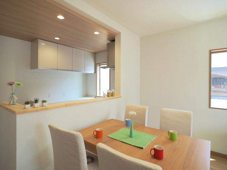 三条市:Y 様邸・リフォーム/キッチンリフォームから全体を見直す美フォームへ