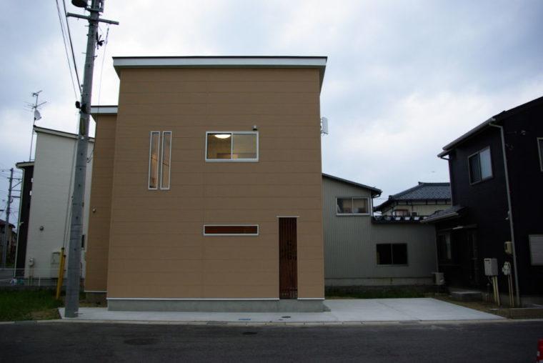 コンパクトなお家でもアイデアと工夫で・・・。/ 新潟市 / I 様邸・新築