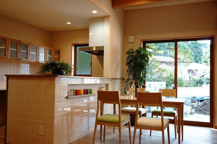木の香り漂う快適な家。~長い濡れ縁を家事動線に~/ 三条市 / S 様邸・新築
