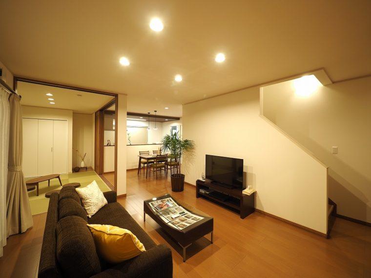 落ち着く空間×ほどよい広さとの調和。/ 三条市 / H 様邸・新築